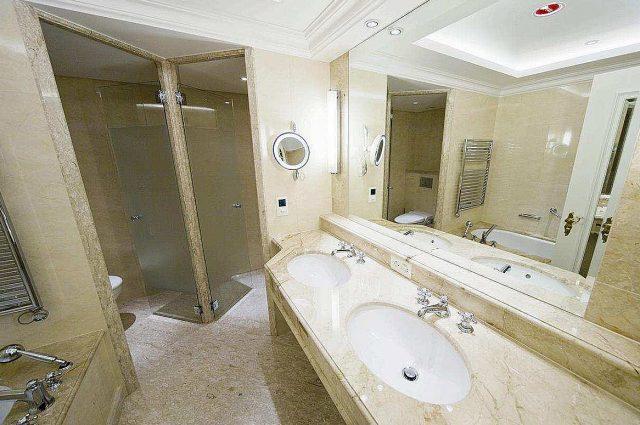 HEBERGER Badsysteme - egal welche Anforderungen Sie an ein Fertigbad stellen